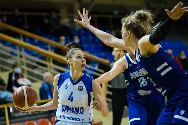 Баскетболистки новосибирского «Динамо» потерпели крупное домашнее поражение
