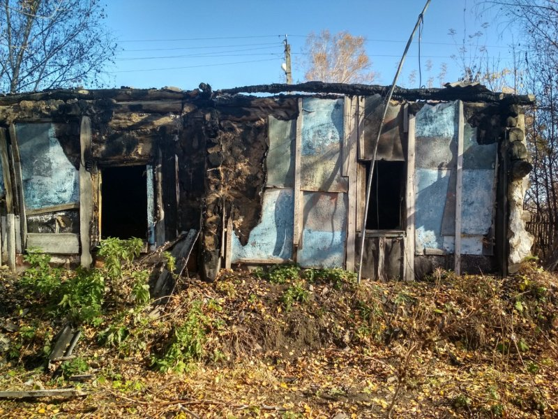 Разозлившийся мужчина из Новосибирска поджег дом своего соседа