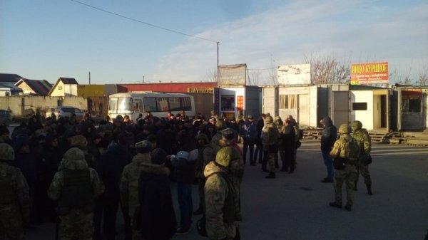 Эхо Хилокского: 47 задержанных нелегалов в «Левобережном»