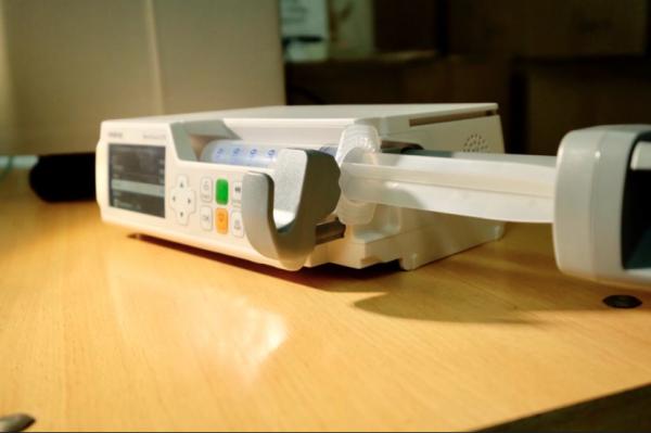 Область закупила медоборудование на 1,7 миллиарда рублей для лечения COVID-19