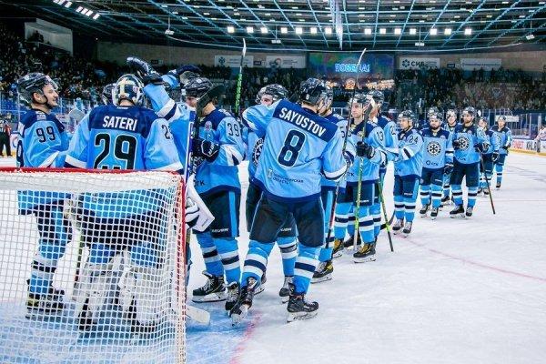 Хоккейная «Сибирь» объяснилась за провал