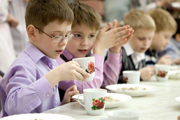 Детсадовцев и учеников кормят неправильно: прокуратура выявила нарушения и внесла представление мэру Новосибирска