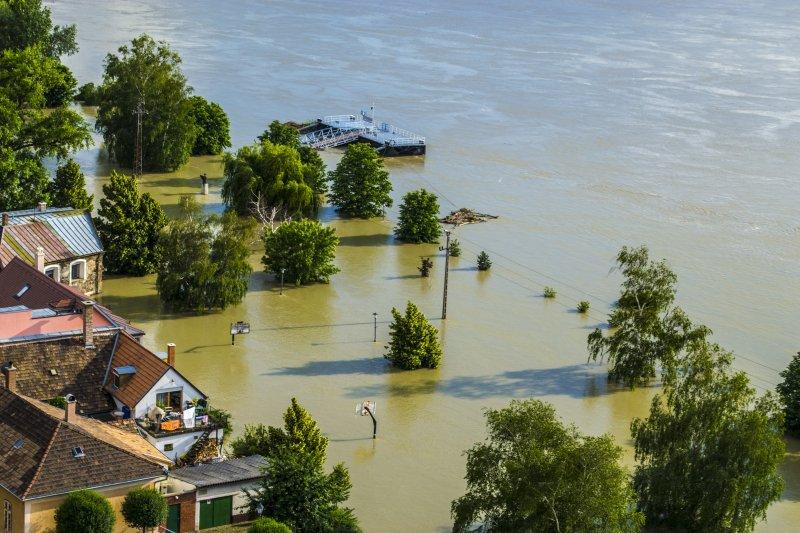Земле грозят катастрофические наводнения: причины и сроки катаклизмов