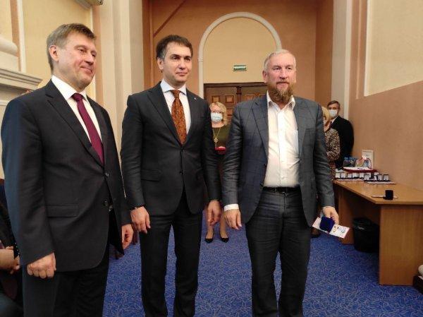 Депутат Алексей Джулай ведет горсовет и Заксобрание к конфликту интересов