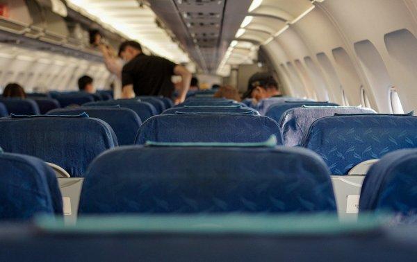 Пассажир умер на борту вылетевшего из Новосибирска в Москву самолета