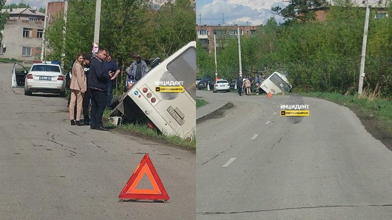 Автобус с пассажирами с дороги съехал в кювет: пострадали три человека