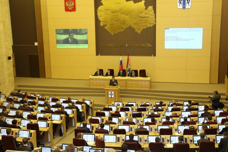 Конкуренцию на выборах в сентябре обещал спикер Законодательного собрания