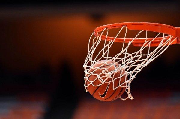 Баскетбол. Новосибирские динамовки в Подмосковье на последних секундах вырвали победу у «Спартака»