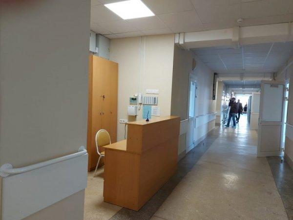 Бердские прокуроры проверяют больницу, где «заражаются коронавирусом»