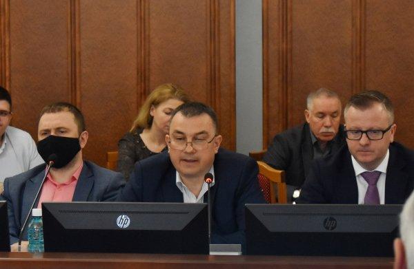 Вячеслав Илюхин инициировал проверку работы ГКУ Новосибирской области «Управление капитального строительства» Контрольно-счетной палатой