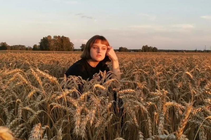 После реанимации школьница стала получать сообщения со всей России