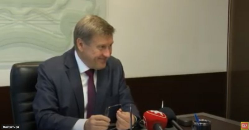 Мэр Локоть не хочет искать причины вони в Новосибирске