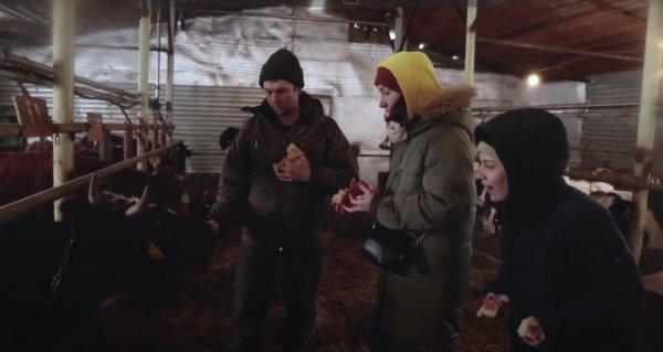 Актеры театра «Глобус» ради спектакля выучили поросячий язык