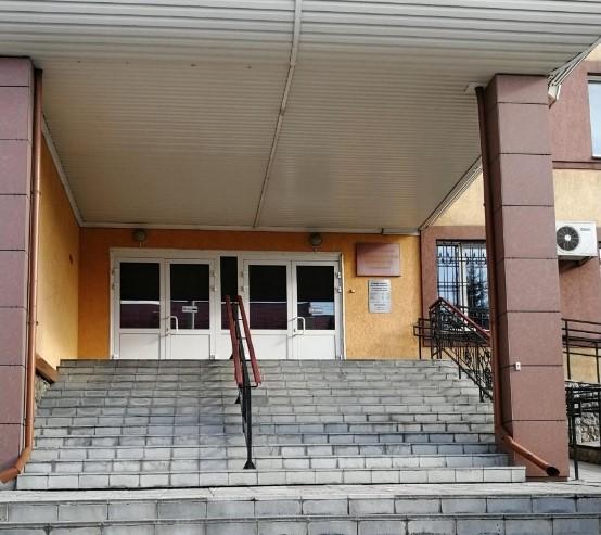 Суды двух районов Новосибирска эвакуировали утром 16 сентября