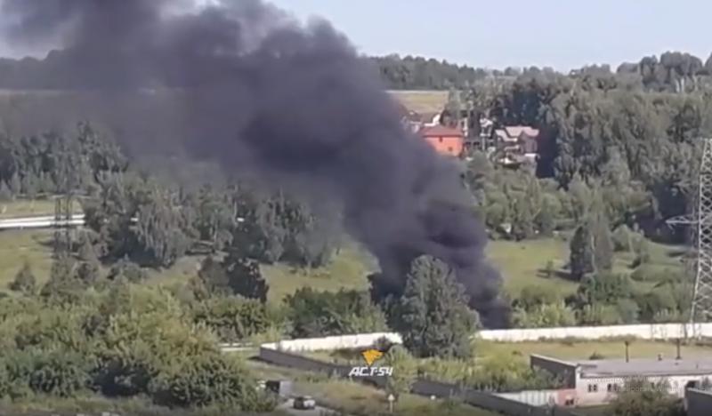 В поселке Садовый загорелась пассажирская «ГАЗель»