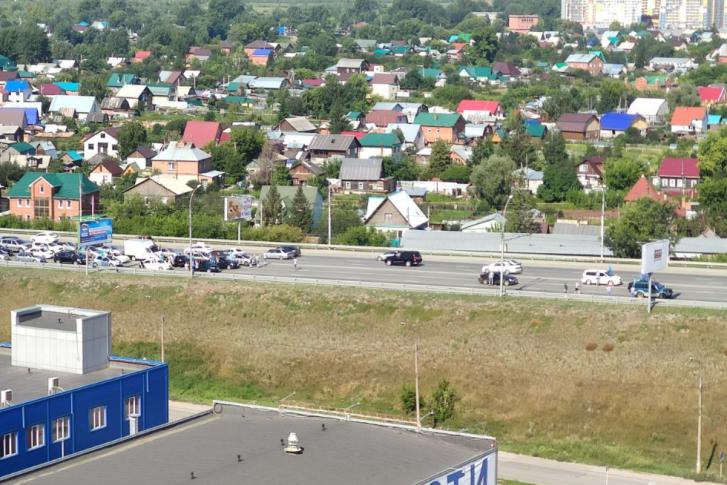 Перекрывшие Димитровский мост десантники освободили проезд