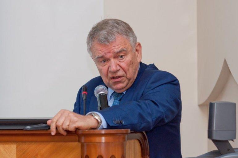 СО РАН ищет компромисс по уровню «необидных» зарплат ученых