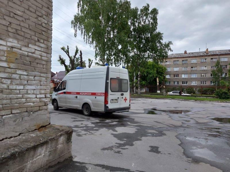 «Скорая» стала реже приезжать к новосибирцам с коронавирусом