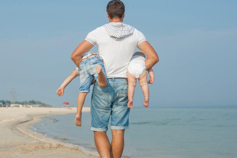 Названы знаки зодиака которые становятся лучшими отцами