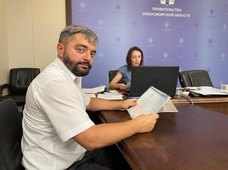 Сдал документы в два избиркома: Игорь Украинцев стал кандидатом в Госдуму и начал процедуру отзыва Локтя с поста мэра