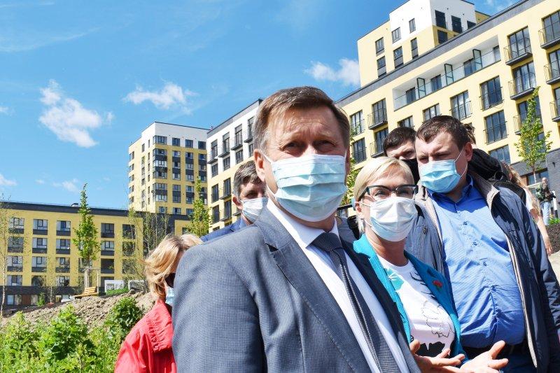 Мэр Локоть одержал крупную победу в суде: в Нарымском сквере скоро появится туалет
