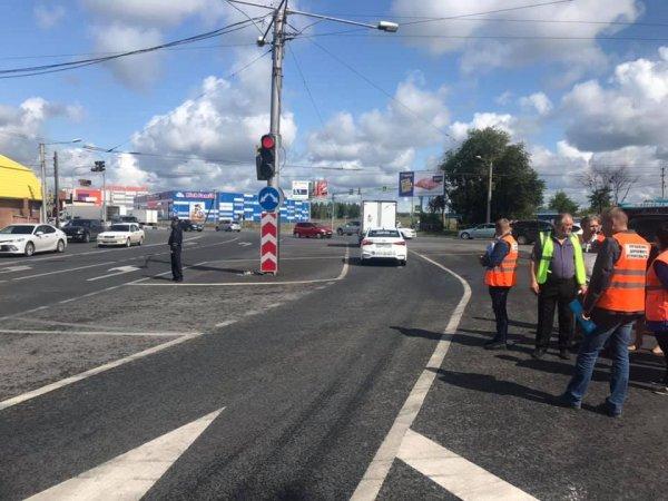 Строительство дорог по нацпроекту остановлено в Новосибирске: мэрия опять напортачила с проектами