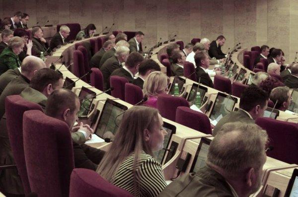Аналитики измерили активность парламентариев в соцсетях