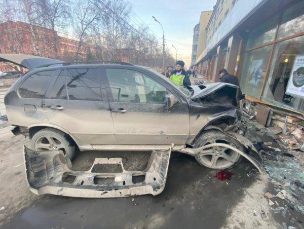 Увеличилось количество пострадавших в резонансном ДТП на Красном проспекте