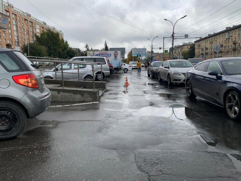 Сбившей на парковке «Бахетле» прохожую женщине грозит 15 суток ареста