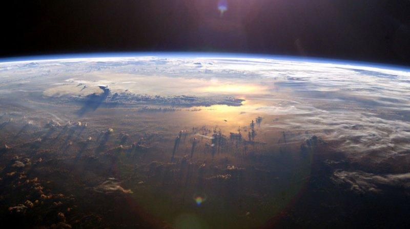 Мощная магнитная буря накроет Землю уже 1 марта: как защититься