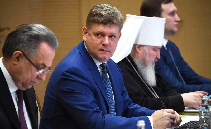 Спустя полгода полпредом в Сибирском федеральном округе назначен Анатолий Серышев