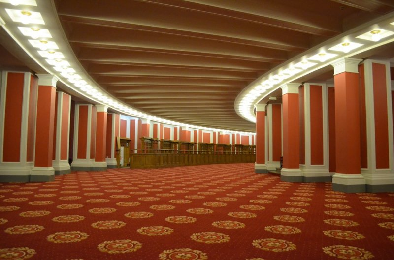 Оперный отменил ноябрьские балеты из-за «беспрецедентно низких» продаж билетов