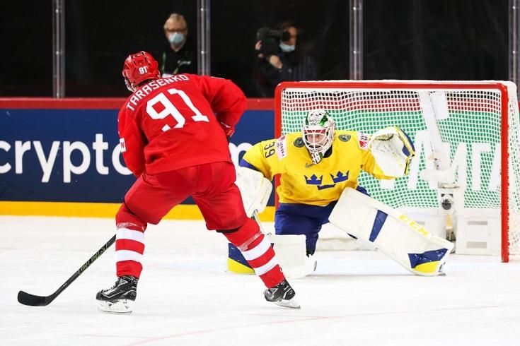 Новосибирский хоккеист Владимир Тарасенко забил шведам победный гол на ЧМ-2021