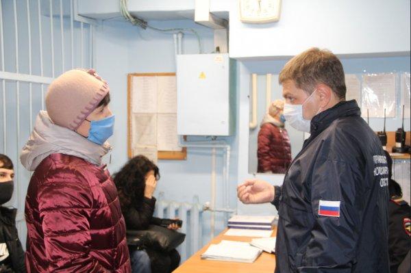 В новосибирском метро высадили 200 пассажиров из-за отказа надеть маску