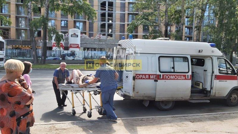 Неизвестная женщина загорелась и едва не погибла в Новосибирске