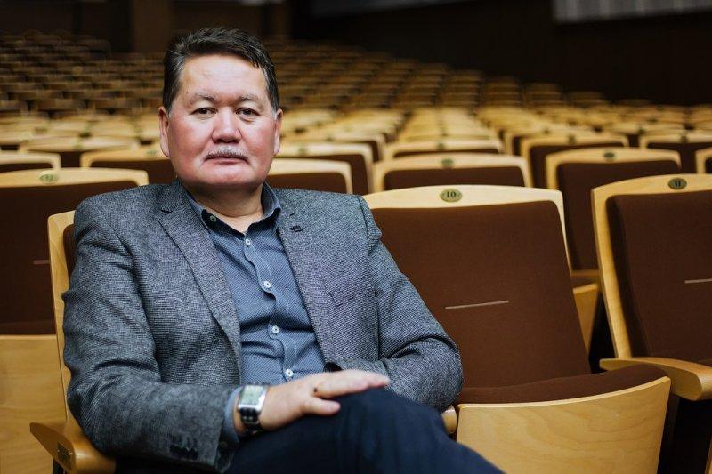 Гендиректор Новосибирской филармонии собрался в отставку