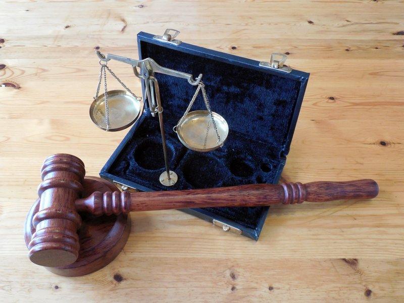 Новосибирец засудил российский «Алиэкспресс» за дефектный Apple MacBook Pro