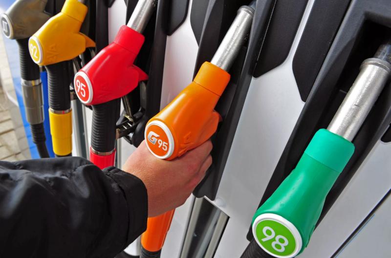 За год цены на бензин и дизель в Новосибирске выросли на 2-3 рубля за литр