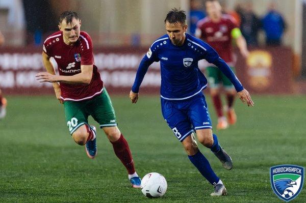 Волевую победу одержали футболисты клуба «Новосибирск» над пермской «Звездой»