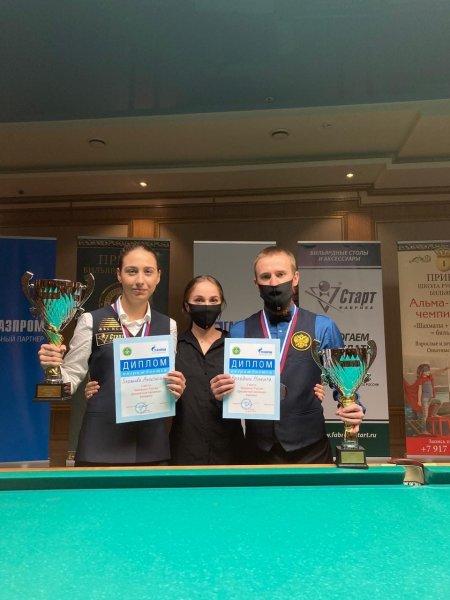 Юниорка из Новосибирска завоевала медаль на чемпионате по бильярдному спорту