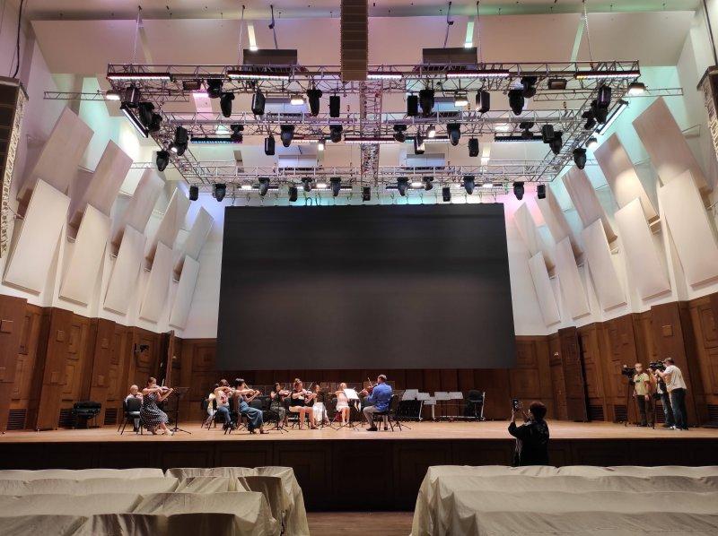 Симфонические оркестры смогут устраивать концерты на открытых площадках