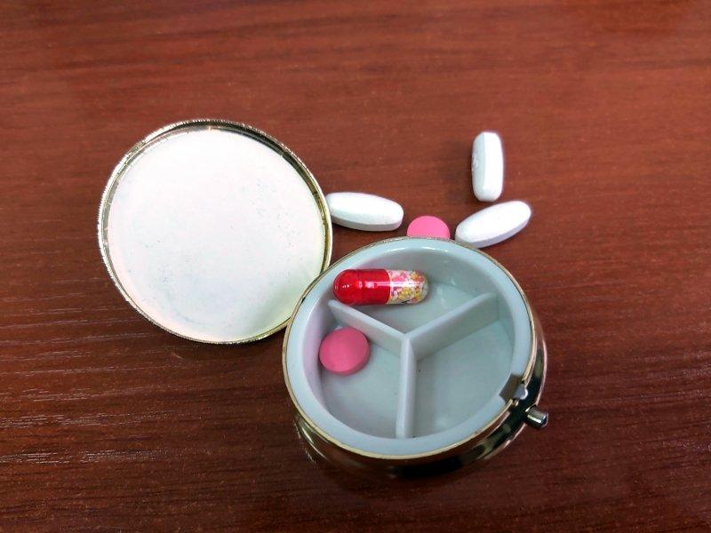 Губернатор Травников проконтролировал поставки лекарств в аптеки Новосибирска