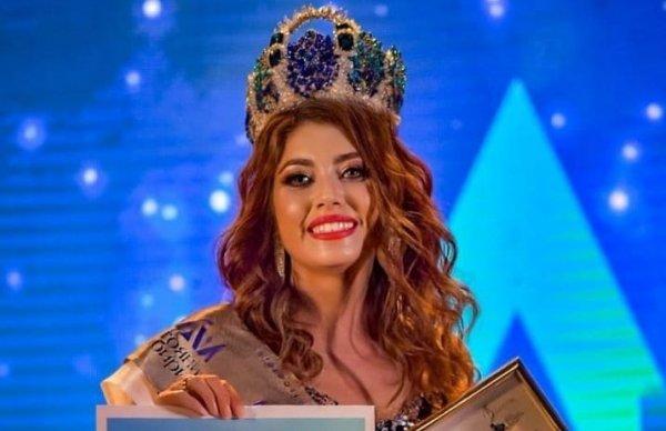 Бердчанка завоевала корону в сибирском конкурсе красоты, профессионализма и материнства