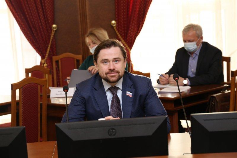 Александр Аксененко прошел в Госдуму по новосибирскому 137-му округу