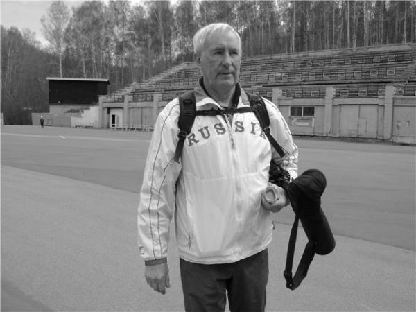 Тренер олимпийской чемпионки по биатлону Анны Богалий умер в Новосибирске