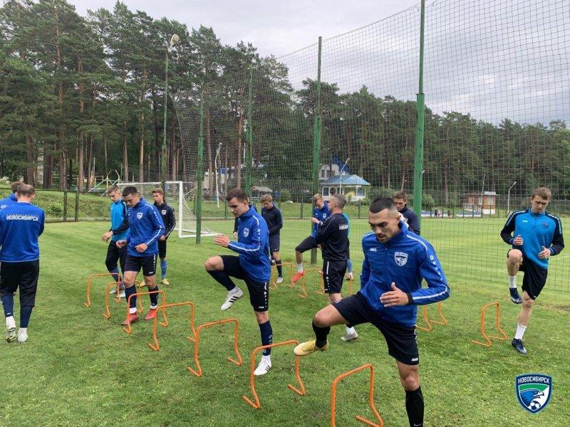 У ФК «Новосибирск» новый тренер и серьезное обновление состава