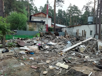 Под Новосибирском мужчина снес чужой дом