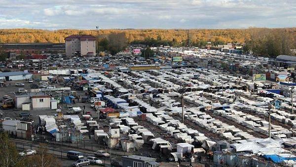 20 новосибирцев потребовали у суда закрыть Хилокский рынок