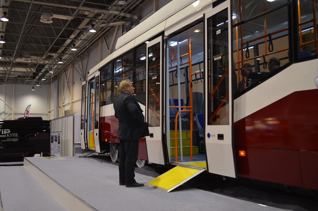 трамвай (2).JPG