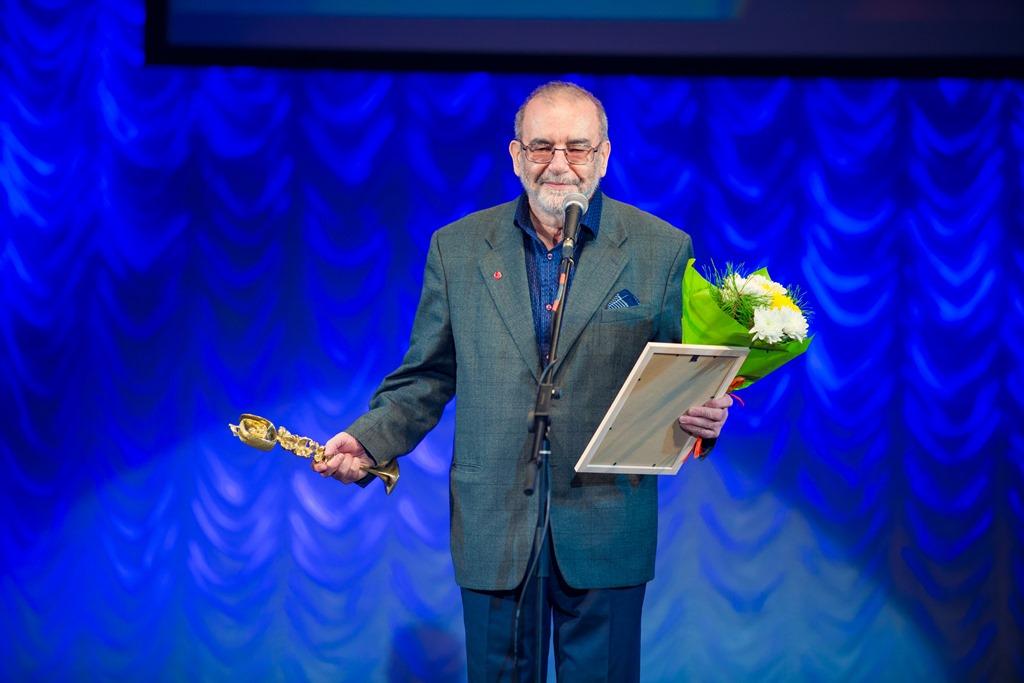 За выдающийся вклад в развитие музыкального театра в Новосибирске награжден Владимир Калужский.jpg